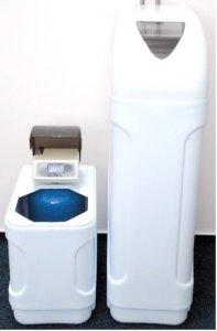 Automatický změkčovač vody AZK