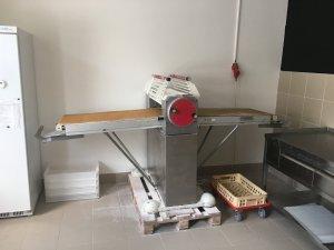 Bazarový rozvalovací stroj Juwel